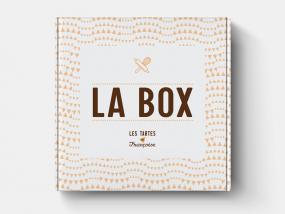 De box - Amandelcake met kersen